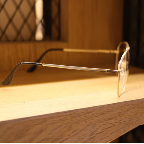 Eyeglass from china